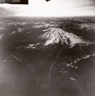 Redoubt Volcano, aerial photograph FL82, Alaska, United States