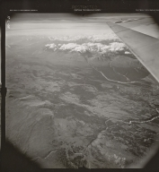 Unknown glacier south of Kluane Village, aerial photograph FL 37 L-68, Canada