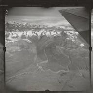 Black Rapids Glacier, aerial photograph FL 7 L-3, Alaska