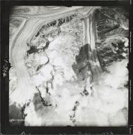 Black Rapids Glacier, aerial photograph FL 55 V-1, Alaska