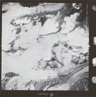 Susitna Glacier, aerial photograph M 860 154, Alaska
