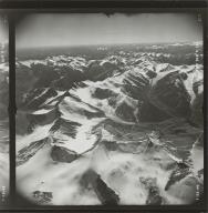 Romanzof Mountains, aerial photograph TRM 023, Alaska
