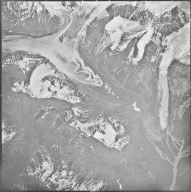 Chistochina Glacier, aerial photograph M 4F5 176, Alaska