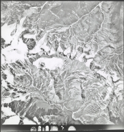 Glaciers north of Robertson River, aerial photograph M 4G10 192, Alaska