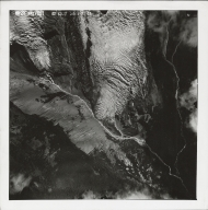 Coleman Glacier, aerial photograph 28-V651, Washington