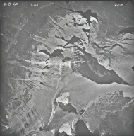 Little Chief Mountain, aerial photograph 22-5, Montana