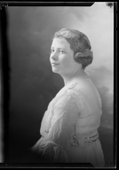 Portraits of Dorothy Giederalieve