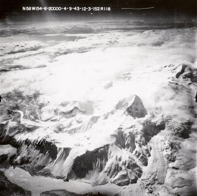 Glaciers on Kukak Volcano, aerial photograph FL89, Alaska, United States