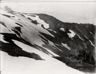 Mazama Glacier, Washington, United States