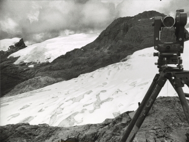 Middenspits between Carstensz Glacier and Meren Glacier, Indonesia