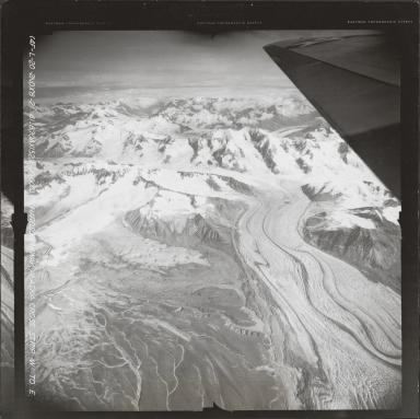 Gakona Glacier, aerial photograph FL 7 L-20, Alaska