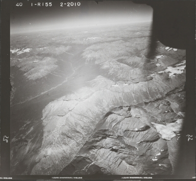 Mount Skowill, aerial photograph FL 40 R-155, British Columbia