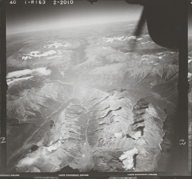 Northeast of Teigen Creek, aerial photograph FL 40 R-163, British Columbia