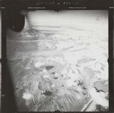 South of Black Rapids Glacier, aerial photograph FL 55 L-5, Alaska