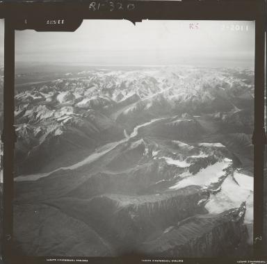 Glacier near Mount Gerdine, aerial photograph FL 59 R-5, Alaska
