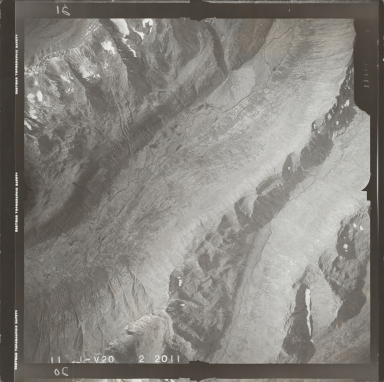 Glaciated valley near Yentna River, aerial flight L 59 V-20, Alaska
