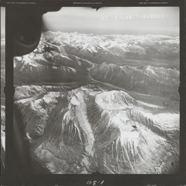 Alaska Range, aerial photograph FL 68 L-68, Alaska