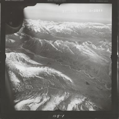 Alaska Range, aerial photograph FL 68 L-71, Alaska