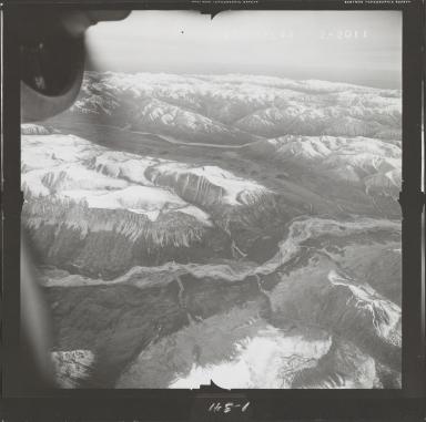 Alaska Range, aerial photograph FL 68 L-85, Alaska