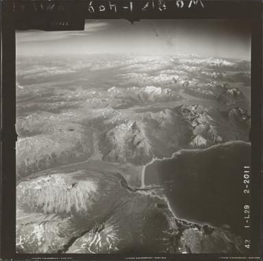 Glacier near Kamishak Bay, aerial photograph FL 73 L-29, Alaskaa