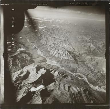 Glaciers in Brooks Range, aerial photograph FL 78 L-15, Alaska