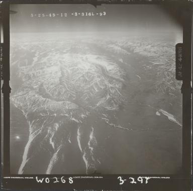Mount Michelson, aerial photograph FL 102 L-93, Alaska