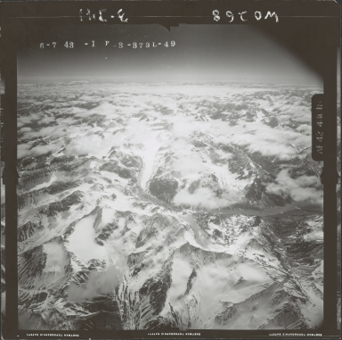 Unknown glaciers in the southwest Alaska Range, aerial photograph FL 110 L-49, Alaska