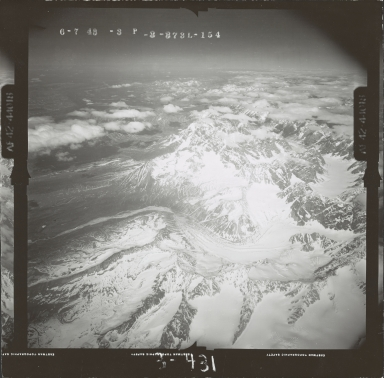 Unknown glaciers in the southwest Alaska Range, aerial photograph FL 111 L-154, Alaska