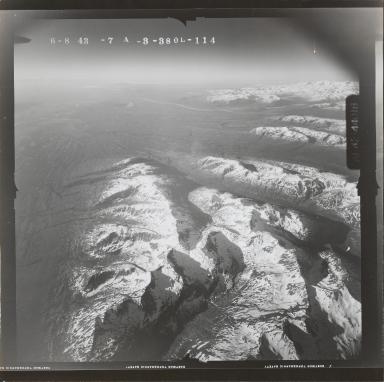 Flow lines of West Fork Yentna and Skwentna River, aerial photograph FL 118 L-114, Alaska