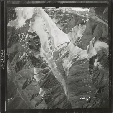 Okpilak Glacier, aerial photograph M 144 911VT, Alaska