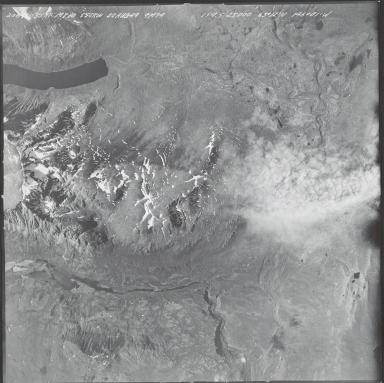 Unknown glacier on Mount Hayes, aerial photograph M 869 206, Alaska