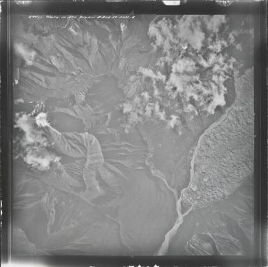 Kuskulana Glacier, aerial photograph M 374 294, Alaska