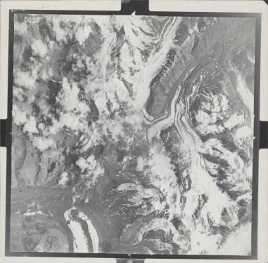 West Fork Glacier, aerial photograph M628 0029, Alaska