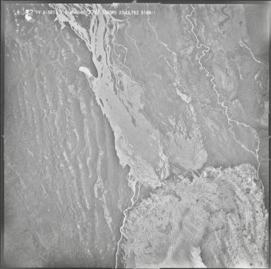 Kahiltna Glacier, aerial photograph M143 A 12, Alaska
