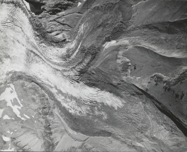 Tahoma Glacier, aerial photograph roll no. 20 exposure no. 24, Washington