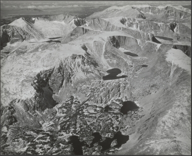 Glacier in Wind River Mountains, aerial photograph roll no. 22 exposure no. 42, Wyoming