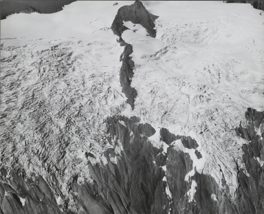 """Crystal Glacier and unknown glacier (""""Sulfide Glacier""""), Washington"""