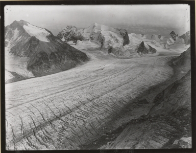 Unknown glacier, unknown location within the Alps