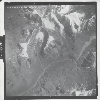 Talkeetna Mountains, aerial photograph M 836 273, Alaska