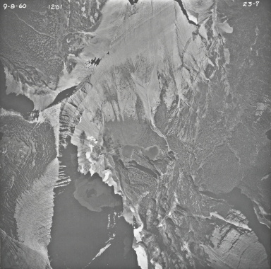 Split Mountain, aerial photograph 23-7, Montana