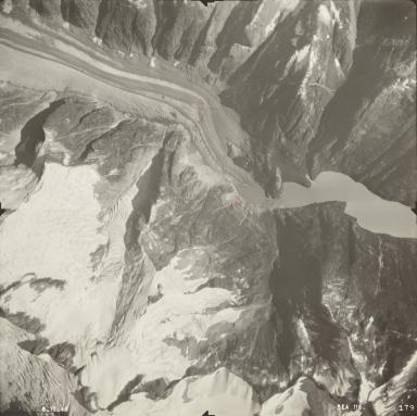 Farragut River Glacier, Alaska