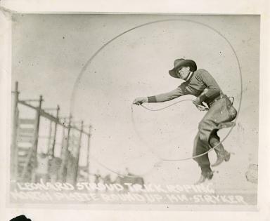 Leonard Stroud trick roping