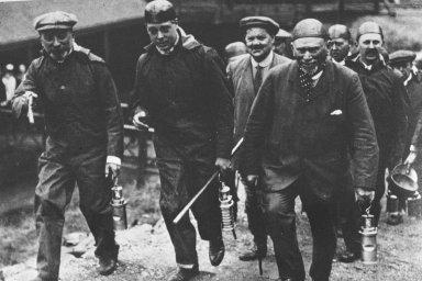 The miners, Burton 1919
