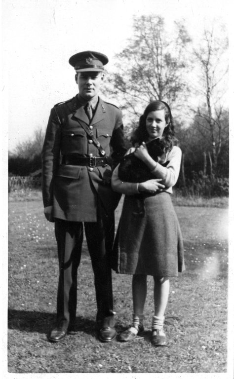 Photograph of unidentified man [Bailey?] and young girl