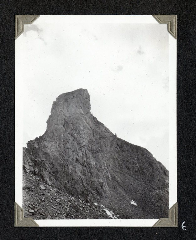 Wetterhorn Peak, seen from Wetterhorn-Heisshorn ridge