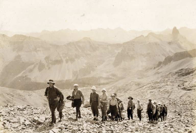Untitled photo of 17-member climbing party, led by Carl Blaurock.