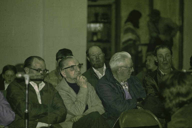 An audience of mostly men