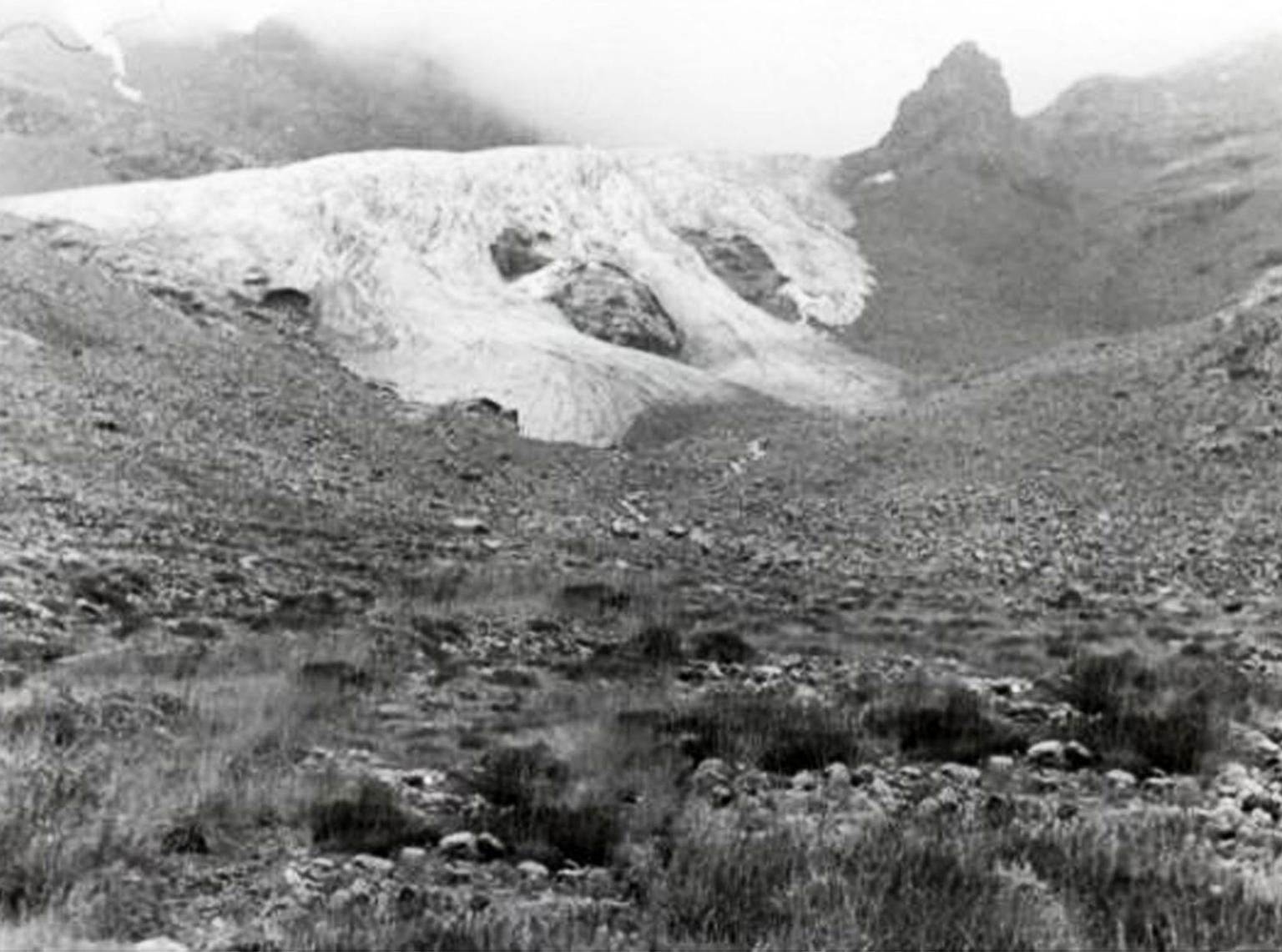 Kirtisho Glacier, Rach'a-Lechkhumi da Kvemo Svaneti, Georgia