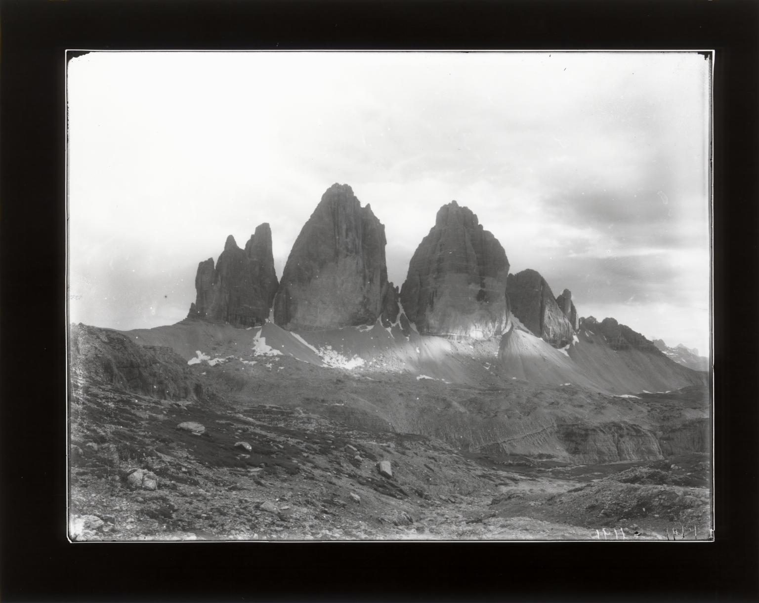 Tre Cime di Lavaredo (Drei Zinnen), Veneto, Italy