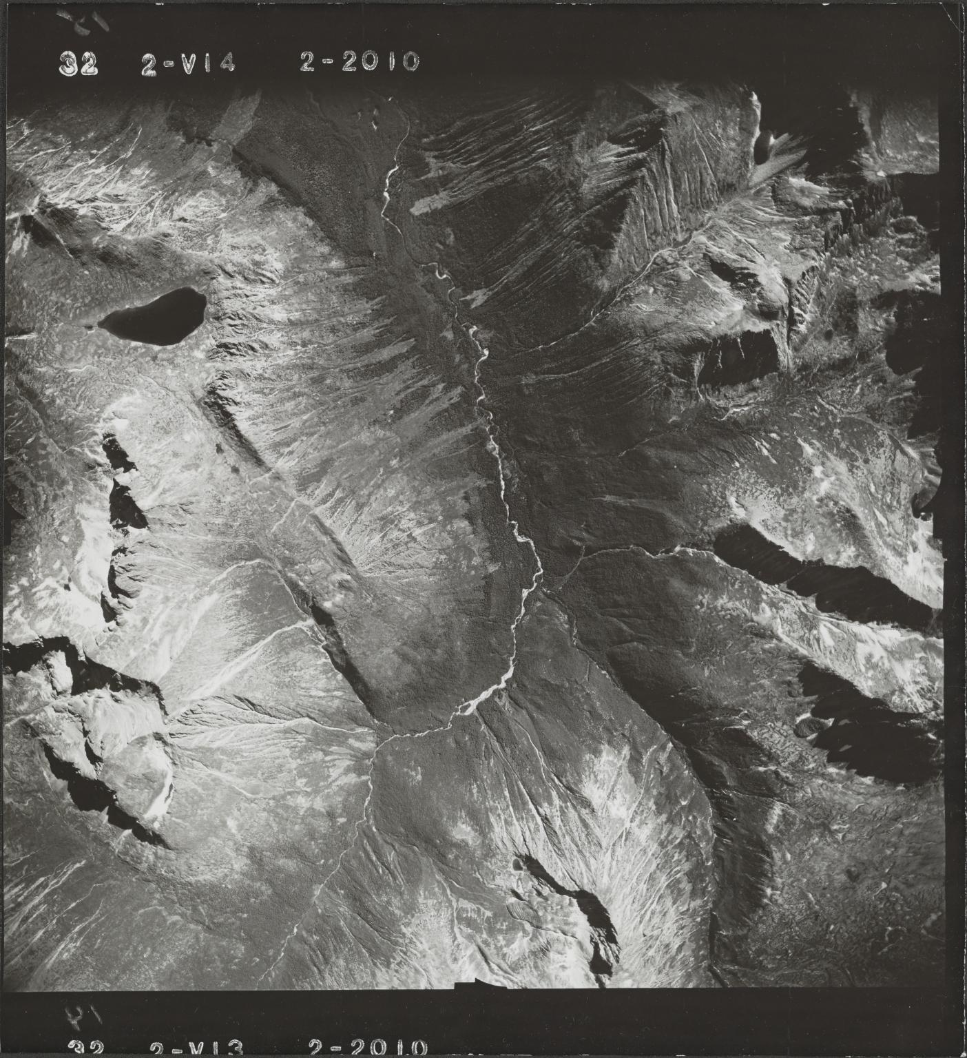 Jennings River, aerial photograph FL 47 V-14, British Columbia